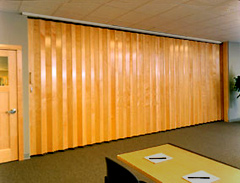 Modernfold accordion other popular accordion door series for Retractable walls residential